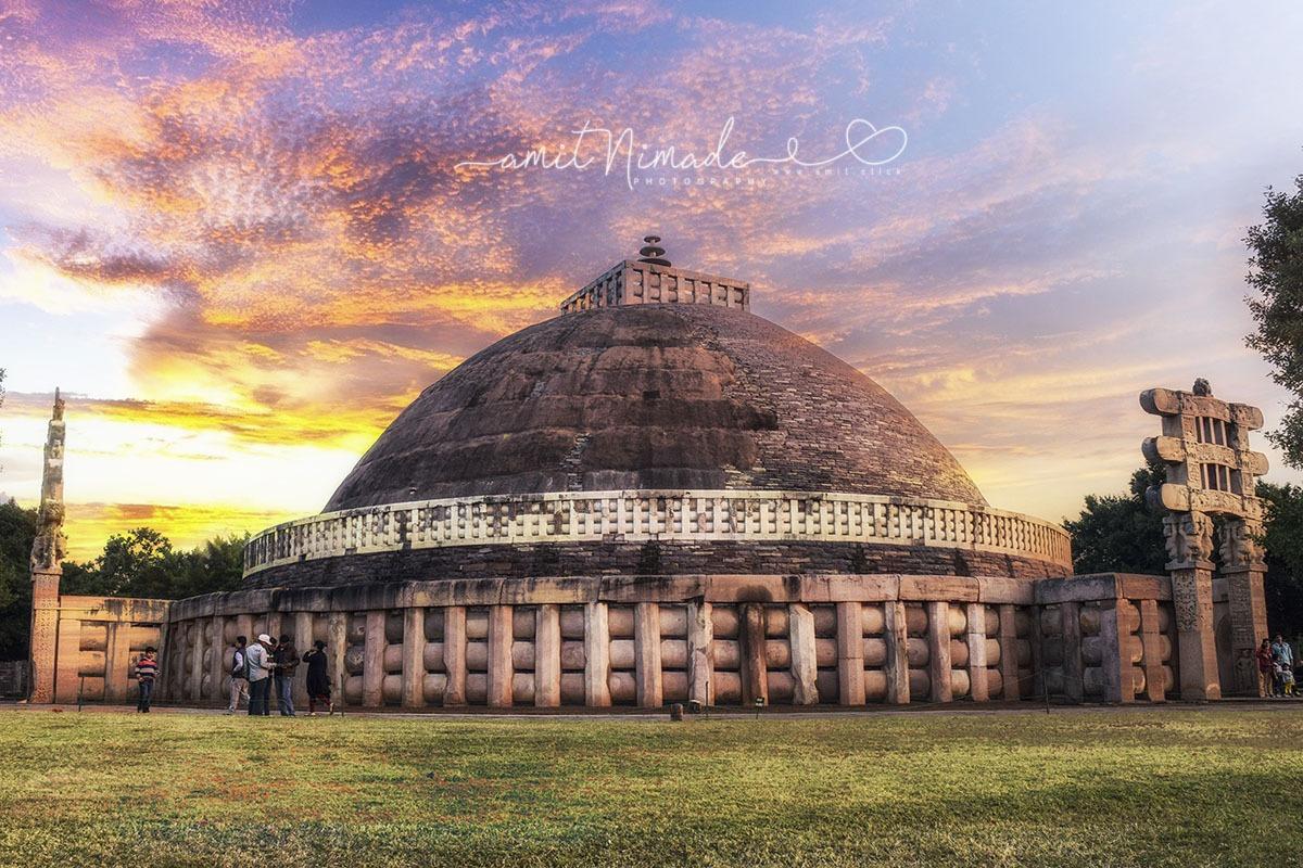 The_Great_Stupa_at_Sanchi